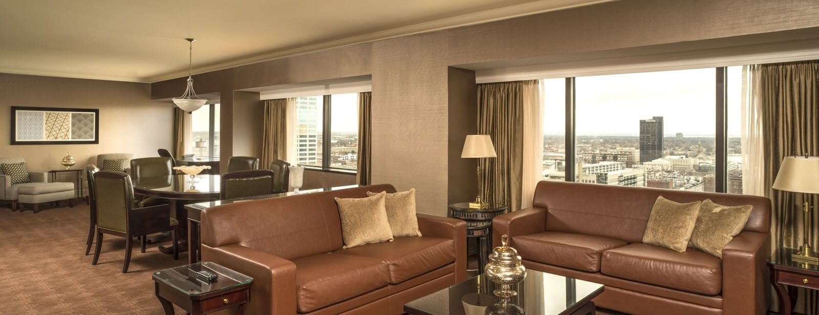 Columbus accommodations - Presidential Suite